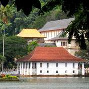 Kandy Lake Side | Sri Lanka